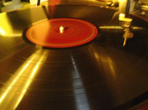 spinning_record232